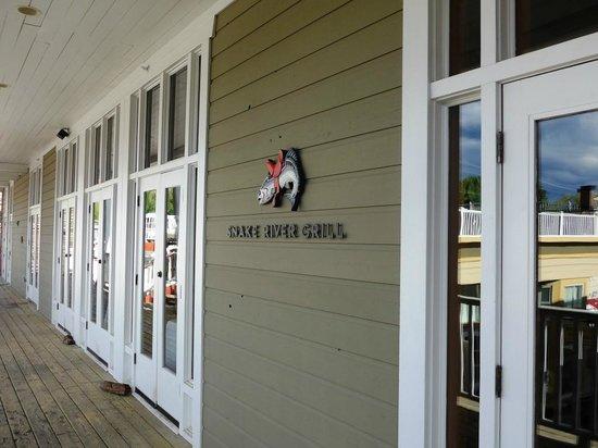 Snake River Grill: entrance