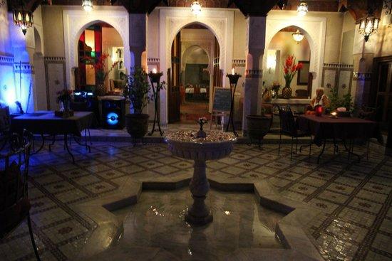Riad Les Clefs Du Sud: Patio