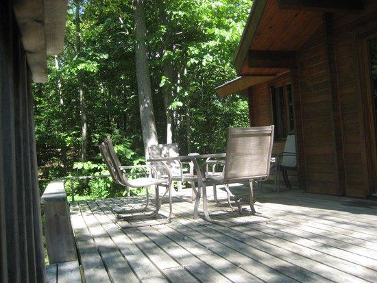 Cedarwood on Lake Muskoka: Cottage Desk