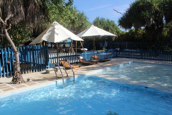 Kanuhura - Maldives: Kids Club Swimming Pool