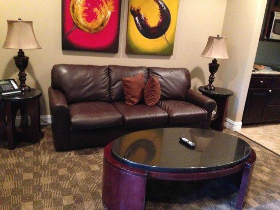 Camden on the Lake Resort, Spa, & Yacht Club: Living room
