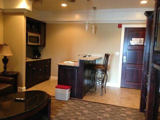 Camden on the Lake Resort, Spa, & Yacht Club: Kitchen