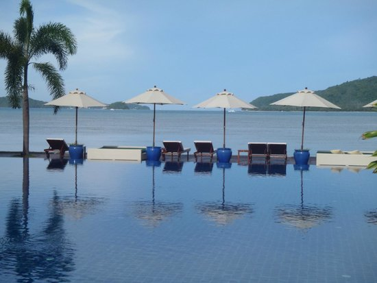 Serenity Resort & Residences Phuket: love the pool