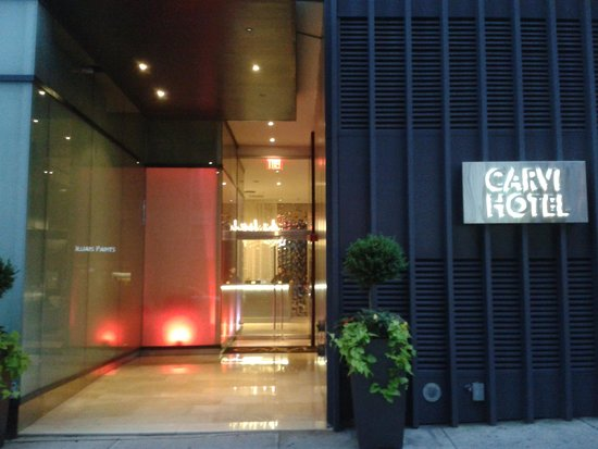 Carvi Hotel New York : great location