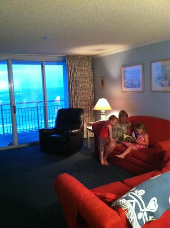 South Shore Villas: Living room w/ Ocean front balcony