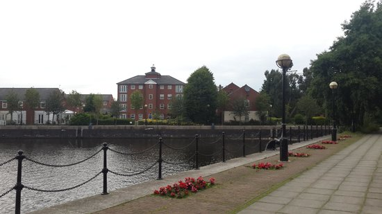 Copthorne Hotel Manchester: The quay view