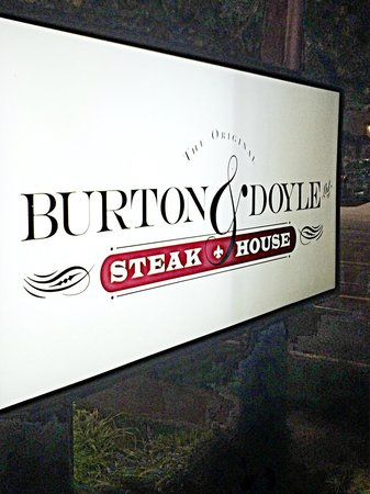 Union Prime Steak and Sushi: Outside