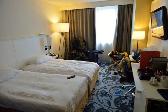 Radisson Blu Hotel, Amsterdam: Schlafraum 01 - Zimmer 437 - 10.-13.06.2014