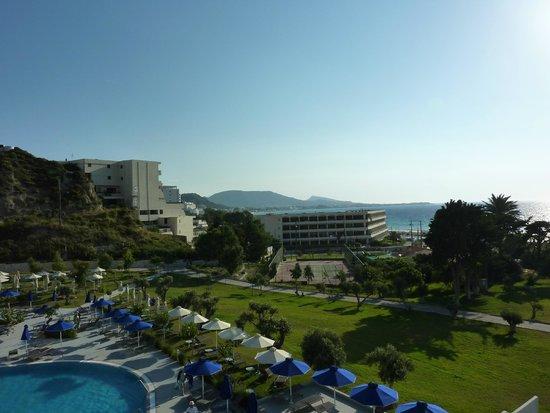 Atrium Platinum Hotel: Sea shore-View from our room