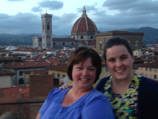 Torre Guelfa Hotel: My daughter an I at the rooftop bar