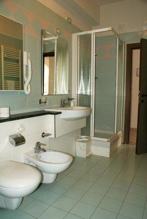 Residence Hotel Le Vele : Bagno, Bathroom