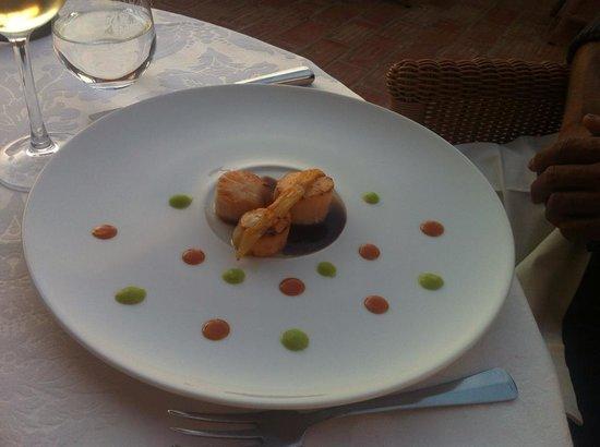 Bon Bon Restaurante: Beautiful fresh summery scallops <3