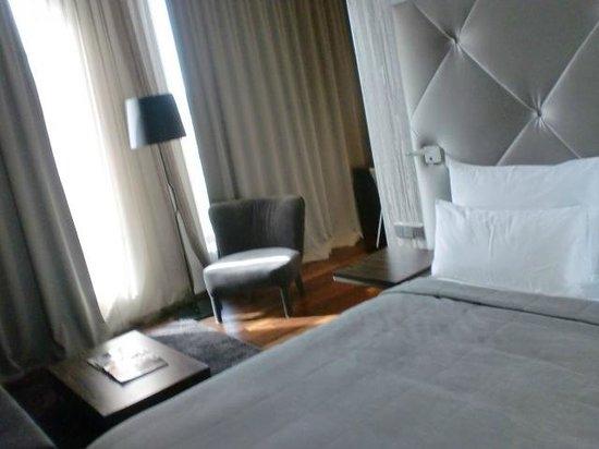 COSMO Hotel Berlin Mitte : Zimmer/Suite