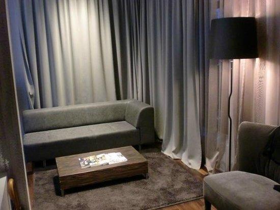 COSMO Hotel Berlin Mitte: Zimmer/Suite