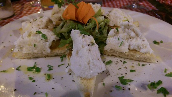 Amici Miei: Cod on toasted bread