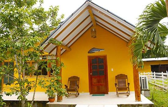 Cabanas Yakuruna: cabañas