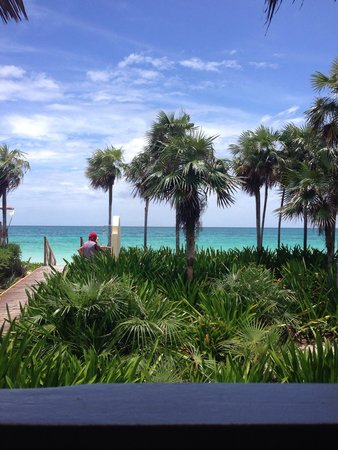 Melia Cayo Coco: View from beach grill