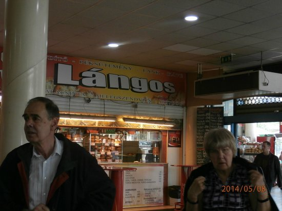 Lehel Market Hall: Langos stand