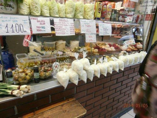Lehel Market Hall: Pickled vegetable booth