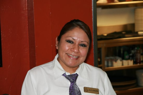 Inn At Spanish Head : Alejandra from the wait staff in the restaurant