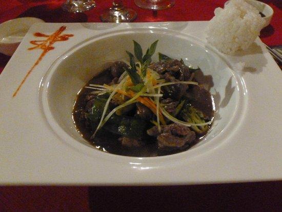 Secrets Capri Riviera Cancun: Beef dish at Asian restaurant