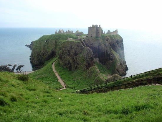 Ship Inn : Donnattar Castle