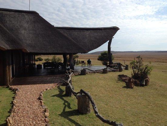 Pitse Lodge: Terras gezamenlijke ruimte