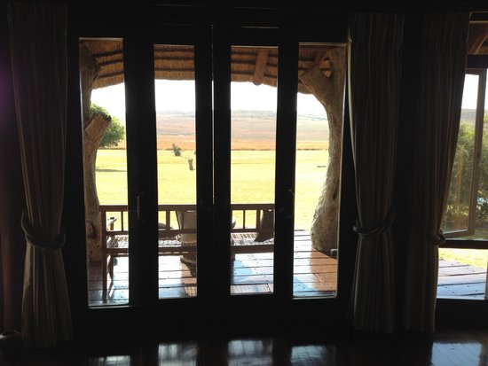 Pitse Lodge: Uitzicht hoofd vertrek