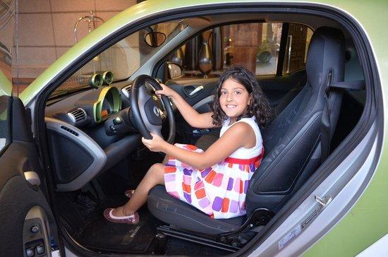 Hotel Arts Barcelona: the Smart Car