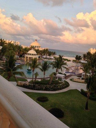Iberostar Grand Hotel Paraiso: View from restaurant