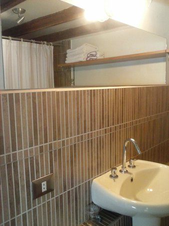 Goblin's House Lofts : Loft Amplio Deluxe - bathroom