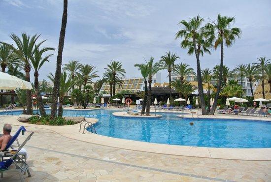 Protur Sa Coma Playa Hotel & Spa: piscine arrière