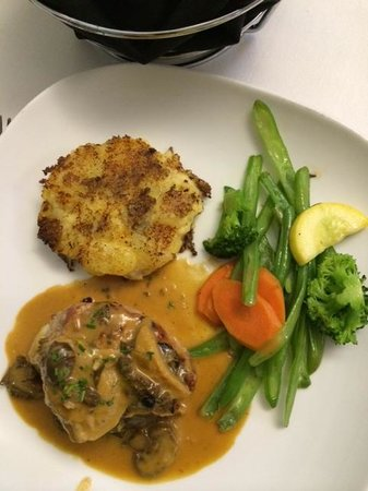 Shari At the Willard Hillton: Pork Tournedos