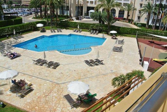 Protur Sa Coma Playa Hotel & Spa: piscine avant