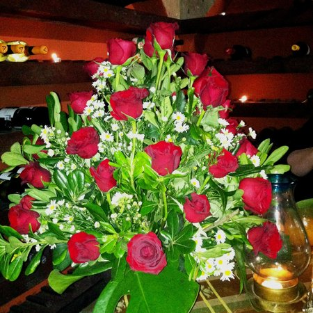 Belmond Casa de Sierra Nevada: Anniversary roses arranged by the hotel staff
