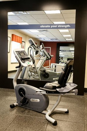 Hampton Inn and Suites Tulsa Hills: Fitness Center