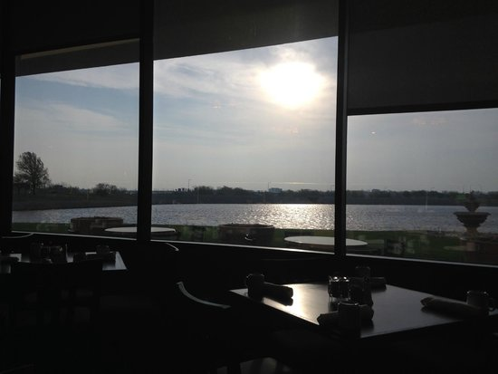 Kansas City Airport Marriott: Vistas desde el comedor
