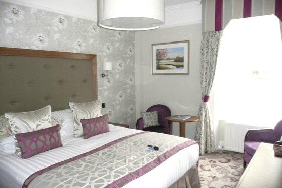 Lodore Falls Hotel: Bedroom