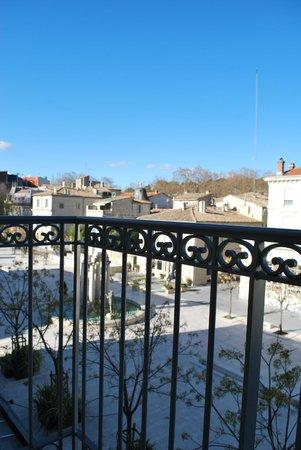 Royal Hotel : Vue Place d'Assas