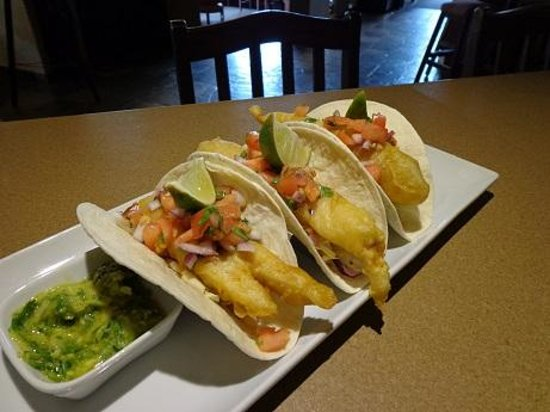 Moose Mulligans : Tempura Fish Tacos