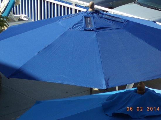 The Concord Suites: Solar umbrellas