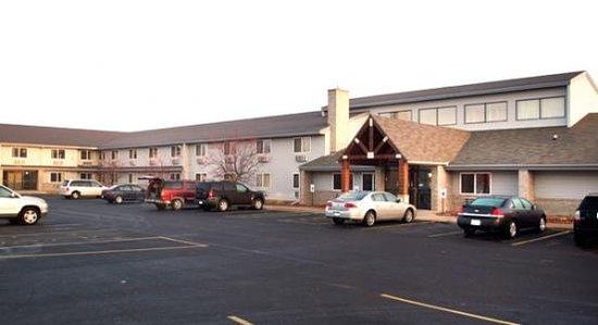 AmericInn Lodge & Suites Menomonie : Americinn Menomonie