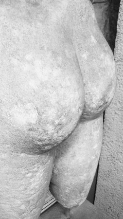 Archäologisches Museum Istanbul (İstanbul Arkeoloji Müzesi): Статуя)