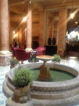 Hotel Beau-Rivage Geneva: Reception are