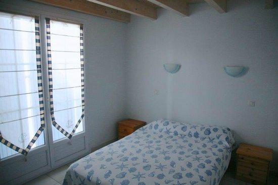 Hotel Residence Les Alizes : appartement 4 pers - chambre en rez de jardin