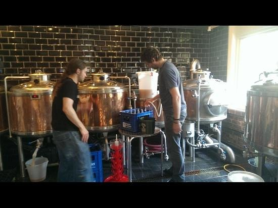 Brewhouse & Kitchen - Portsmouth: brewing in the pub
