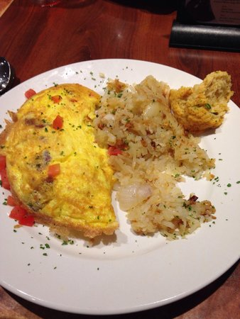 Miss Shirley's: Omelette with home fries