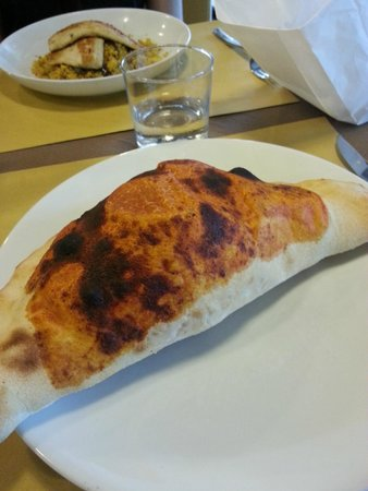 Ristorante Pizzeria Olivo: Calzone