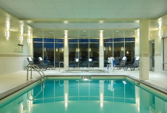 Hilton Garden Inn Schaumburg: Indoor pool