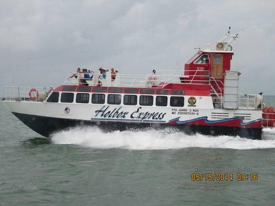 Holbox Hotel Mawimbi : Holbox Ferry